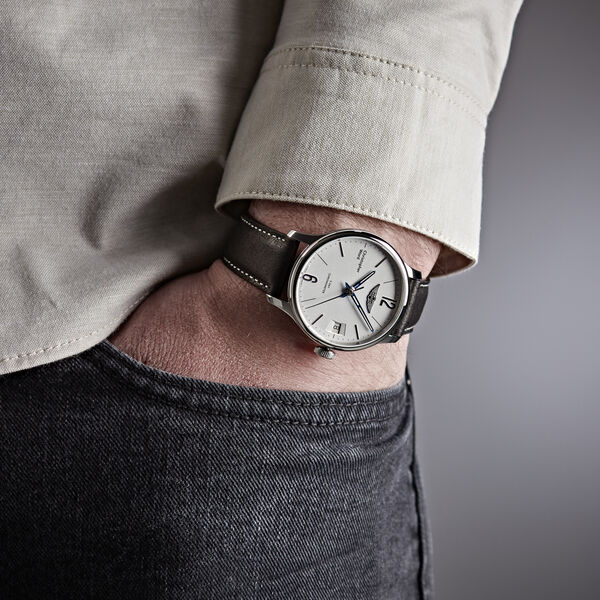 C1 Morgan Classic Chronometer - New Wings - Nearly New