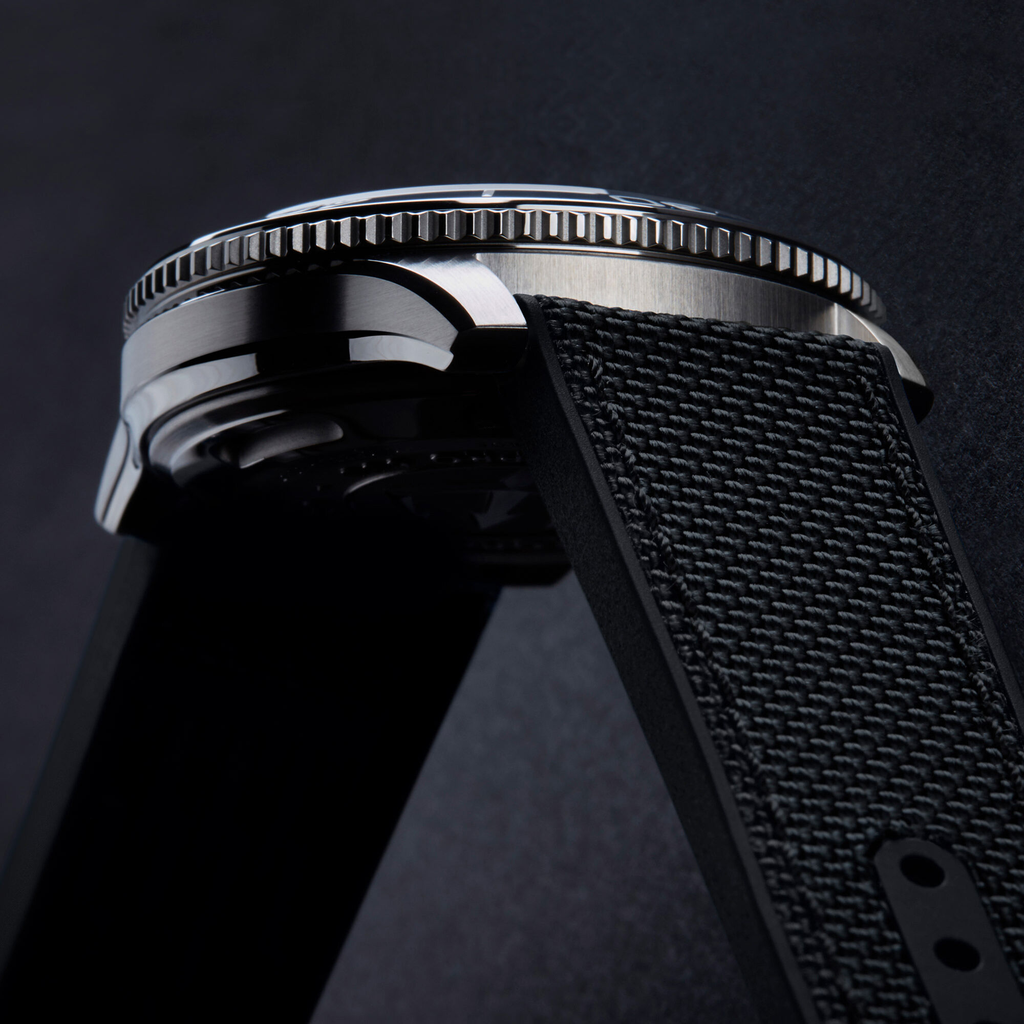 C60 Trident GMT 600
